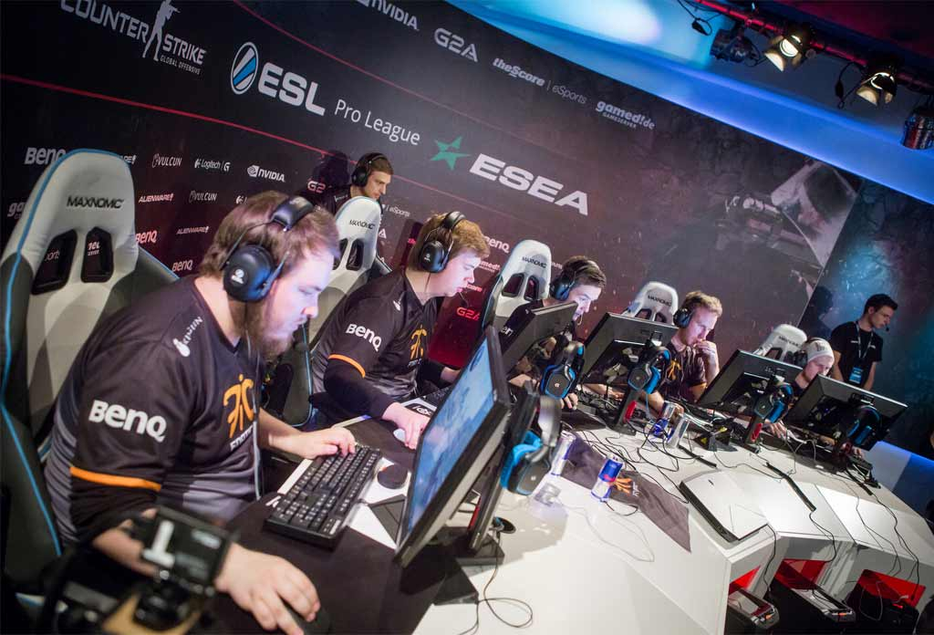 Counter Strike: Global Offensive Locked And Loaded For GAMES 15