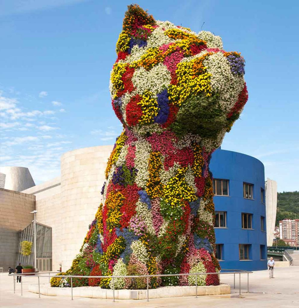 Jeff Koon's renowned 'Puppy'