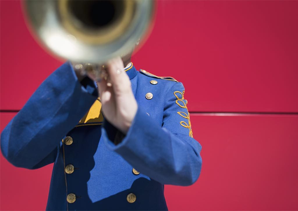 blowing-trumpet