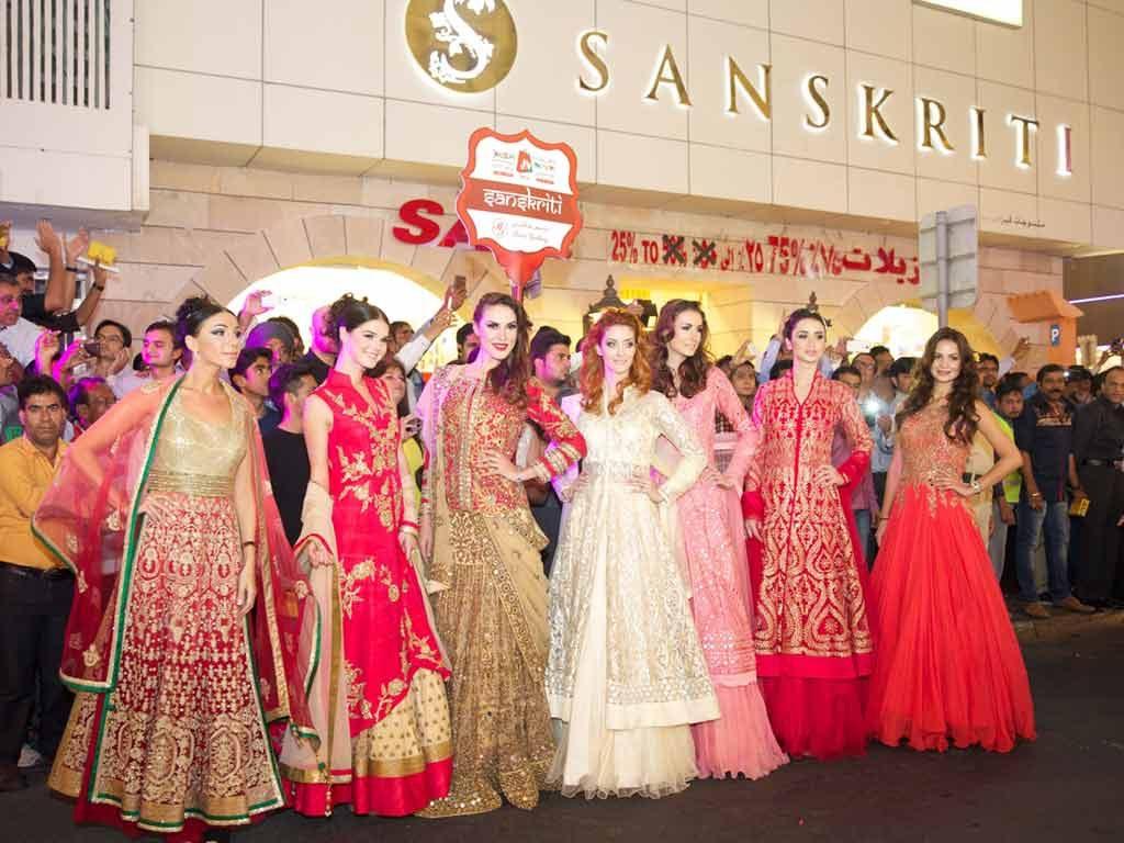 models-indian-wear