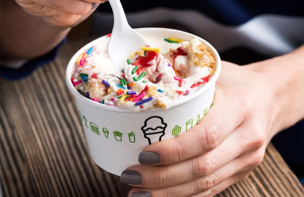 shake-shack-uae-frozen-custard-4