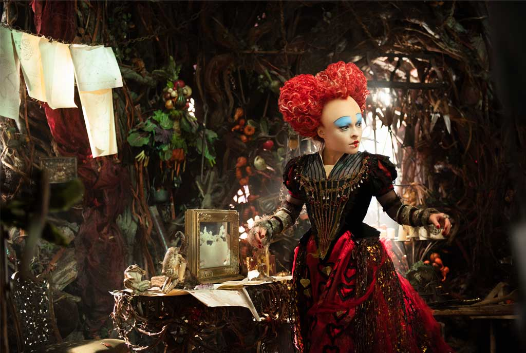 crazy-chic-in-alice-through-looking-glass