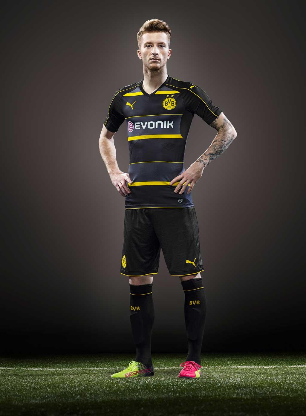 Dortmund Away Kit