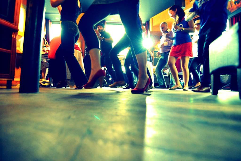 dancing-wknd